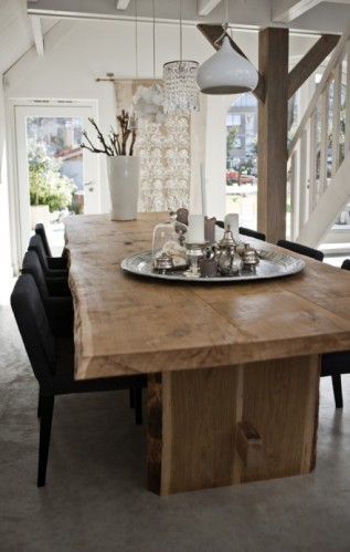 raw-wood-dining-table